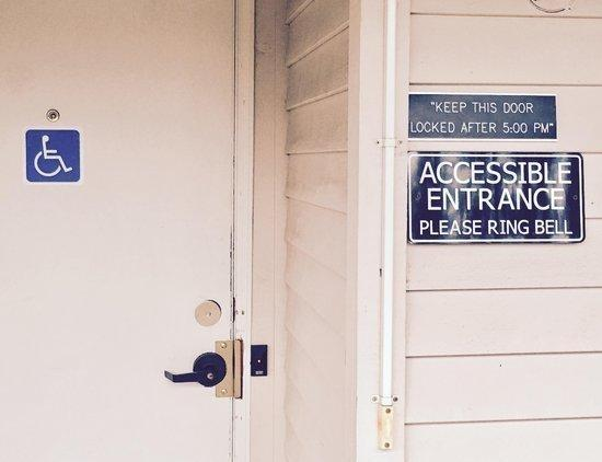 Accessible Entrance | Federal Way WA Counseling